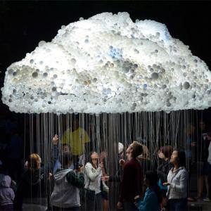 عکس - مجسمه ای خلاقانه به شکل ابر