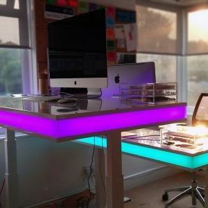 عکس - میز هوشمند قابل تنظیم ،TableAir