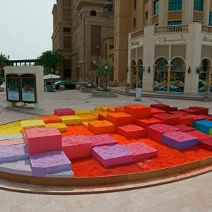 عکس - اثری هنری با استفاده از 30 تن شن رنگی