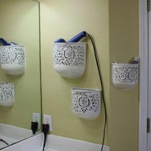 تصویر - ایده هایی برای سازماندهی سشوار و اتوی مو در خانه - معماری