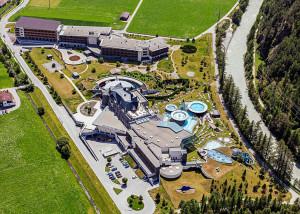تصویر - هتل و آبگرم  AQUA DOME - معماری