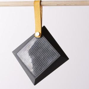 عکس - لامپ خورشیدی