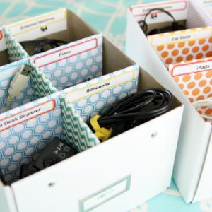عکس - راه حل هایی برای سازماندهی و مرتب کردن سیم ها وکابل ها
