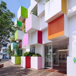 تصویر - بانک Sugamo Shinkin , شعبه Nakaaoki , اثر تیم طراحی Emmanuelle Moureaux , ژاپن - معماری