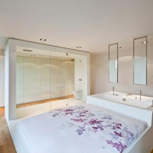 تصویر - آپارتمانی با اتاق خوابی متفاوت - معماری