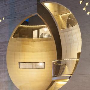 تصویر - مرکز فرهنگی خصوصی بر گرفته از فیلم  two moon junction - معماری