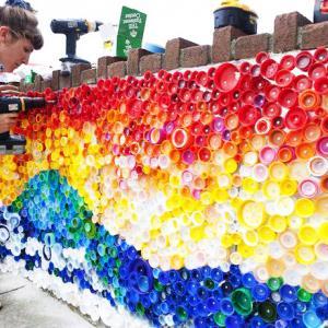 تصویر - ایده های خلاقانه برای استفاده از بطریهای پلاستیکی - معماری