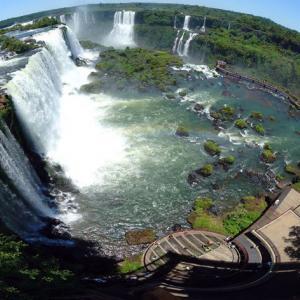 عکس - شنا در استخر شیطان در زیمباوه