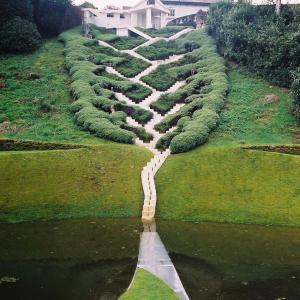 عکس - عجیب ترین باغ جهان در اسکاتلند