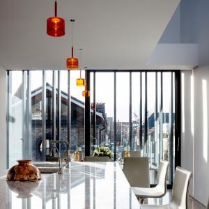 تصویر - آپارتمانی در ایرلند با پوشش فلزی سیاه اثر معماران ODOS - معماری