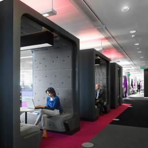 تصویر - غرفه های نیمه خصوصی در فضاهای اداری - معماری