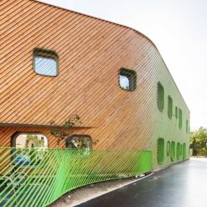 تصویر - مهدکودک ، مدرسه ابتدایی Niki de Saint-Phalle ،اثر Paul Le Quernec ، فرانسه - معماری