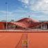 عکس - طراحی خلاقانه و چندمنظوره سقف باشگاه تنیس