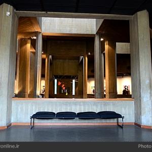 تصویر - موزه هنرهای معاصر تهران , عمارت بادگیرها و ماهی نارنجی در قاب چهارسو - معماری