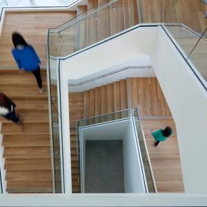 تصویر - مرکز تحقیقات انرژی خورشیدی Chu Hall ،اثر SmithGroupJJR ، آمریکا - معماری