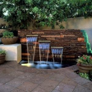عکس - 12 نمونه از کاربرد آبنماهای زیبا در حیاط خلوت خانه