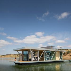 عکس - خانه شناور، اثر تیم طراحی Friday SA ، پرتغال
