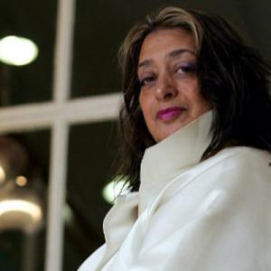 عکس - معمار عراقیتبار , اولین زن برنده مدال سلطنتی معماری