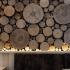 عکس - ایده ای خاص برای طراحی دیوار،دیواری از تنه درخت