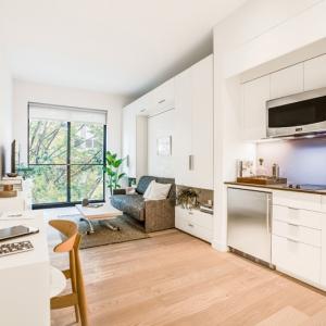 تصویر - 3 درس نهفته در طراحی این آپارتمان کوچک واقع در نیویورک - معماری