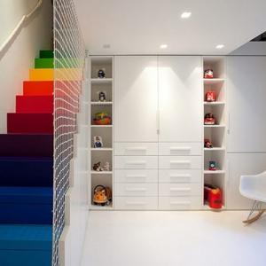 تصویر - پلکان رنگین کمانی خانه ای در لندن - معماری