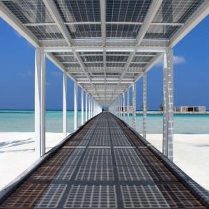 تصویر - اولین استراحتگاه پنج ستاره تمام خورشیدی جهان - معماری
