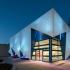 عکس - طراحی خلاقانه مبلمان شهری بر پوسته نمای ساختمان موقت اتحادیه اروپا ،اثر تیم طراحی DUS Architects، هلند