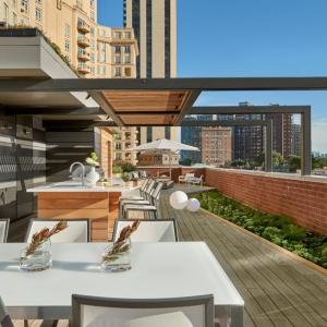 تصویر - تراس زیبای ساختمان Chicago Lincoln ، توسط استودیوdSPACE ، شیکاگو - معماری