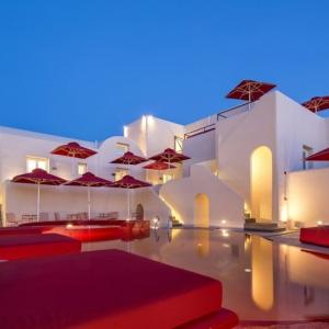 عکس - نگاهی به هتل Art ،واقع در جزیره یونانی سانتورینی