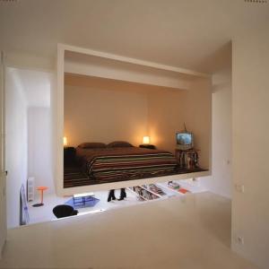 تصویر - مکعبی معلق درون آپارتمان 50 متری - معماری