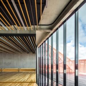 تصویر - مرکز فرهنگی Espace Culturel de La Hague ، اثر تیم معماری Peripheriques Architectes ، فرانسه - معماری