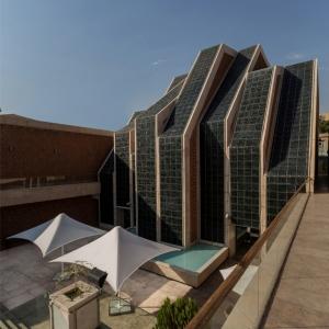 تصویر - مجموعه فرهنگی مذهبی امام رضا (ع) , اثر استودیو معماری Kalout , تهران - معماری