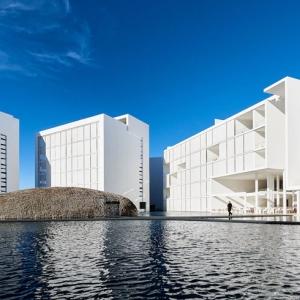 تصویر - سفیدترین هتل مینیمالیستی دنیا - معماری