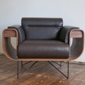تصویر - این صندلی به طور ویژه برای طرفداران سیگار طراحی شده است. - معماری