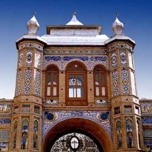 تصویر - مرمت سر در باغ ملی تحت نظارت سازمان میراث فرهنگی - معماری
