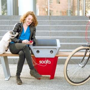 عکس - نیمکت های خورشیدی Soofa در آمریکا