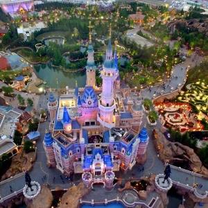 عکس - افتتاح پارک تفریحی دیزنی لند در شانگهای