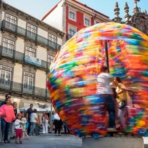 عکس - چرخ و فلک GIRA ,ایده ای خلاقانه در محیط شهری