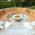 عکس - طراحی مکانی برای استراحت و گفتگو در فضای باز