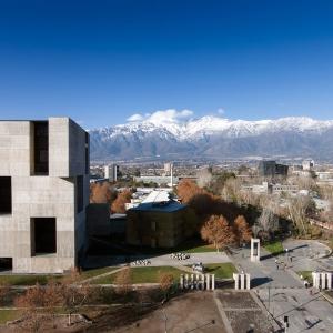 تصویر - تکچهرهای از مدیر بیینال ونیز و رابین هود دنیای معماری - معماری