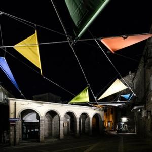 تصویر - یک اینستالیشن شهری از معمار مرکز ژرژ پمپیدو - معماری