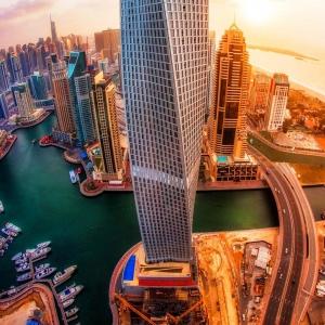 تصویر - برج Cayan , اثر تیم معماری Skidmore, Owings & Merrill - SOM , امارات متحده عربی - معماری