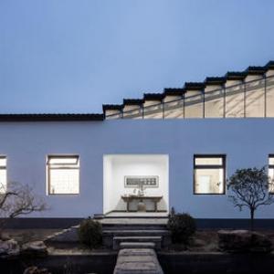 عکس - کارخانه قدیمی، استودیوی نقاش سنتگرای چین شد