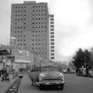 عکس - مرثیهای برای یک شهر-نگاهی به بلندمرتبه سازی در ایران عصر مدرن