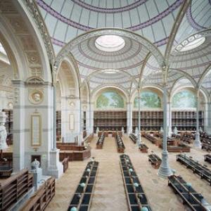 عکس - بهرهبرداری از کتابخانه سلطنتی فرانسه پس از یک دهه بازسازی