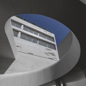 عکس - ساختمان مسکونی روزن ، رتبه اول جایزه معمار در بخش مسکونی 1395 ، اثر شرکت طرح و ساخت ری را ، تهران