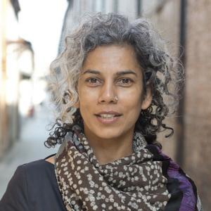 عکس - آنوپاما کوندو (Anupama Kundoo) ، معمار هندی برنده جایزه ریبا و چارلز جنکس