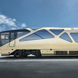 عکس - قطار فوق لوکس 5 ستاره