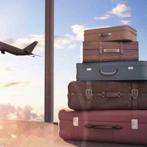 عکس - چمدان های شما چطور به هواپیما می رسد؟