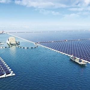 تصویر - آغاز به کار بزرگترین نیروگاه خورشیدی شناور جهان در هواینان چین  - معماری